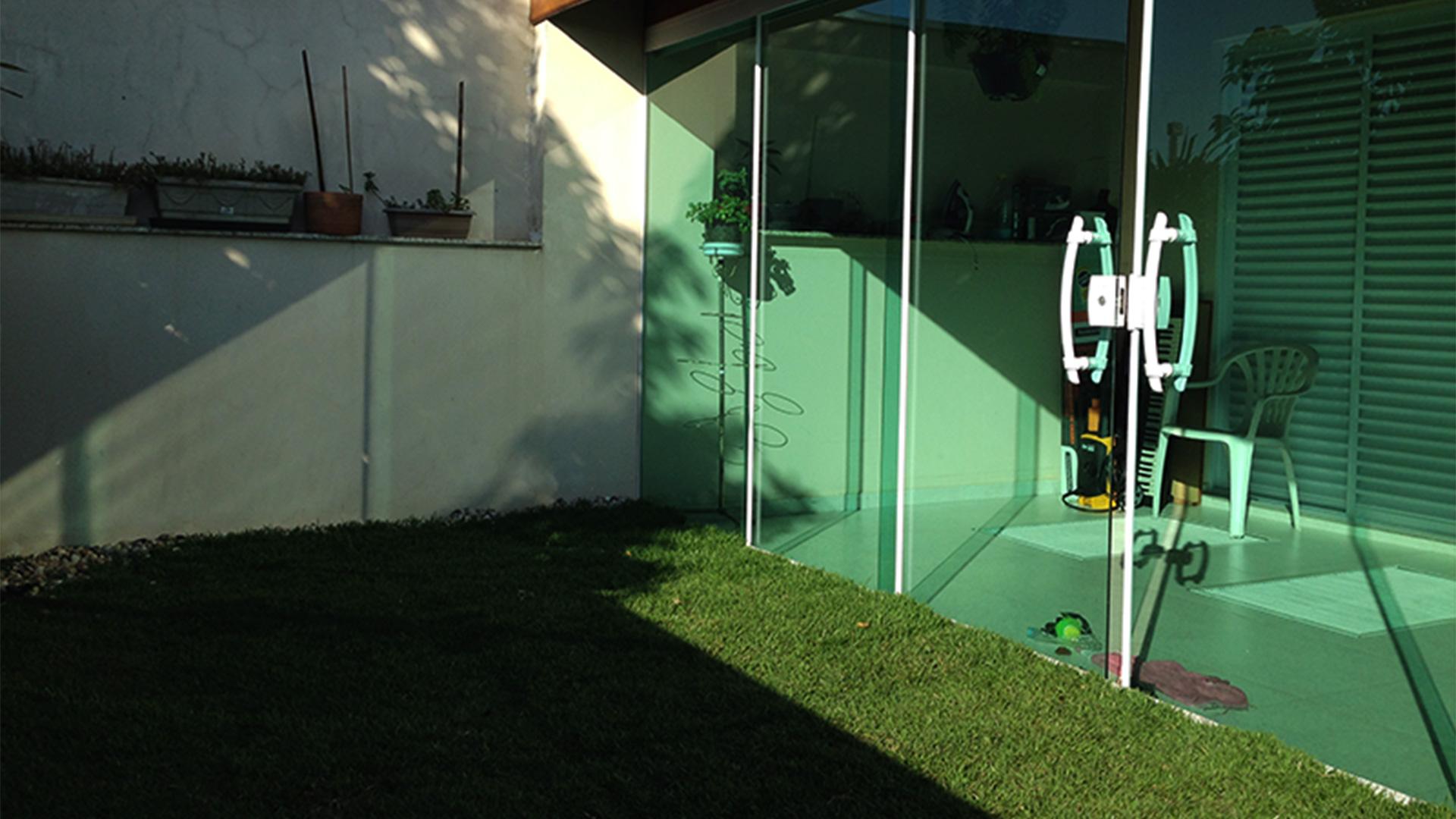 Antes e depois - Projeto de Laje Verde com ECRAmove Gramado